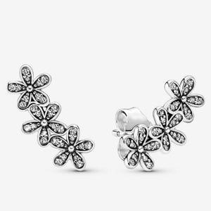 📌 NEW Pandora Daisy Flower Stud Earrings